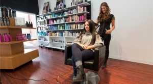 As a Stylist at Amato Salon in Mokena, Michelle works to make people feel good about themselves.